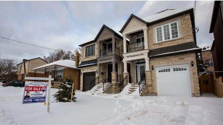 ارتفاع مبيعات المنازل في تورونتو بنسبة كبيرة عن العام الماضي