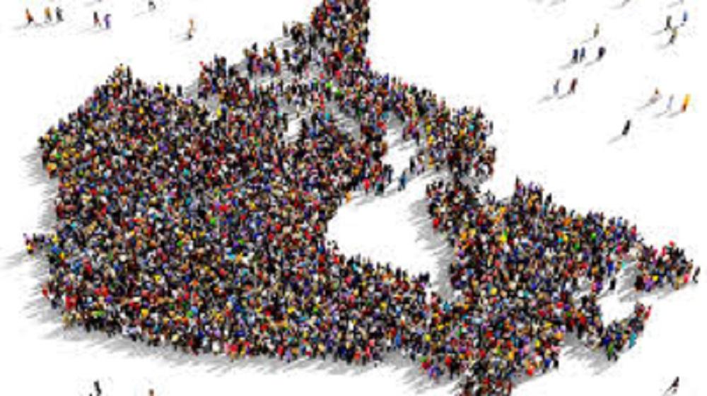 عدد سكان كندا 2020