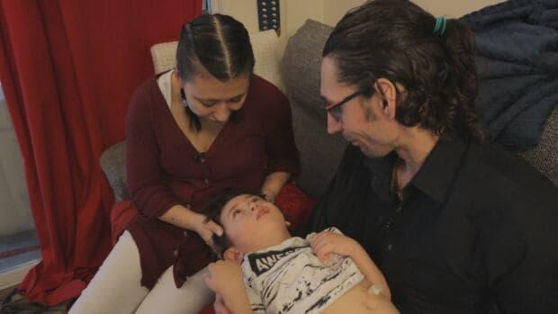 بريتش كولومبيا: تلف دماغ صبي بشكل كامل بعد تناوله الخس الملوث بالإشريكية القولونية في أحد المطاعم