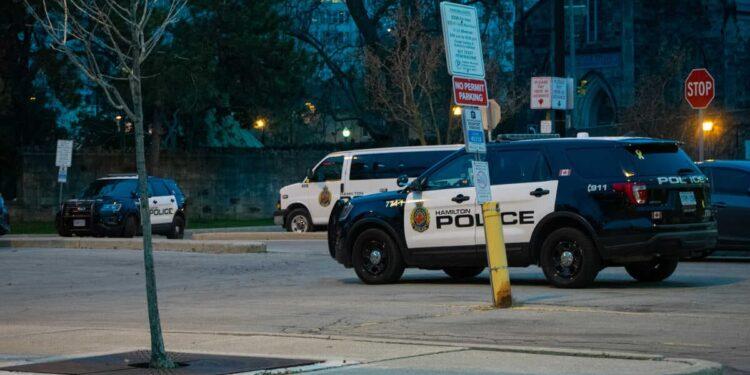 شرطة هاملتون توقف حفلين ضخمين ضما أكثر من 150 شخصاً