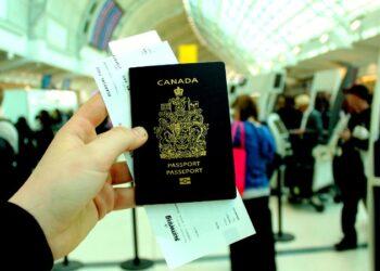 الدول التي يدخلها حامل الجواز الكندي