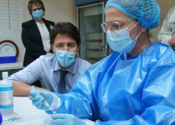افتتاح أول مختبر كندي لإنتاج لقاحات كورونا في مونتريال