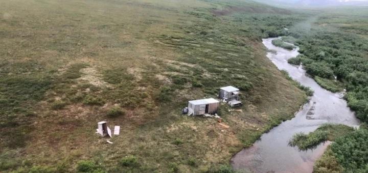 إنقاذ رجل بعد معركة دامية استمرت أياماً مع دب أشيب بألاسكا