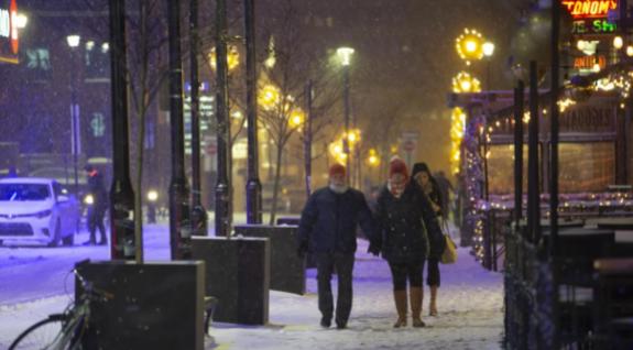 شبكة الطقس تتوقع بداية مبكرة لفصل الشتاء في كندا